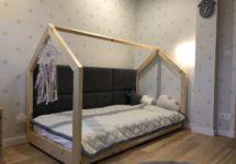 łóżko dziecięce z baldachimem